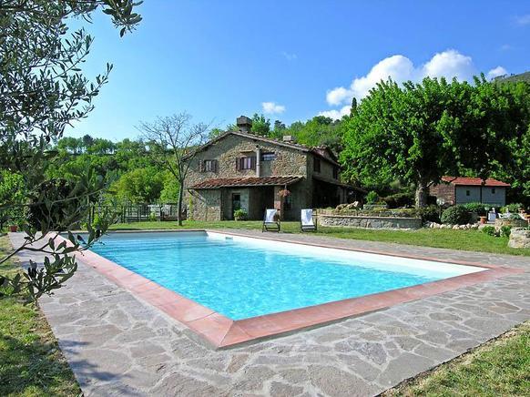 Agriturismo Toskana Ferienwohnung Für 6 Personen In Reggello