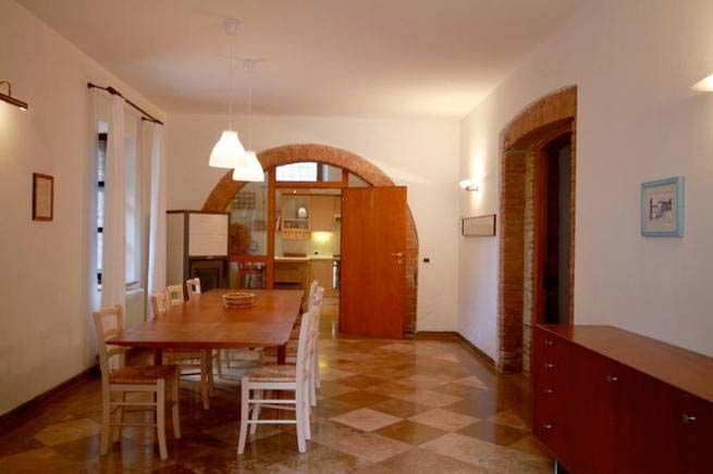 Agriturismo Toskana, Ferienhaus Für 10 Personen In Rapolano Terme    Esszimmer