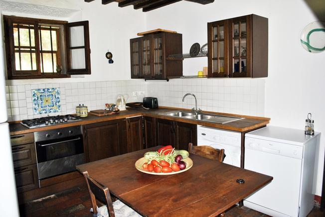 ferienhaus toskana privat 6 personen cortona ferienhaus toskana. Black Bedroom Furniture Sets. Home Design Ideas