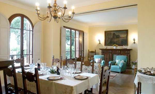Ferienhaus Toskana Mit Pool 10 Personen Pistoia   Esszimmer