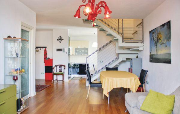 toskana ferienwohnung am meer 5 personen viareggio ferienhaus toskana. Black Bedroom Furniture Sets. Home Design Ideas