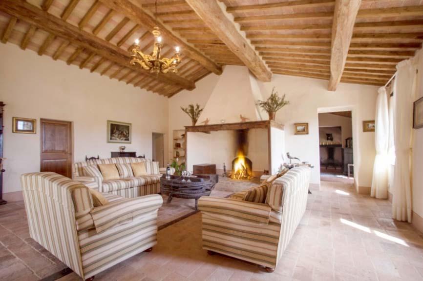 Toskana ferienhaus 18 personen buonconvento ferienhaus for Moderne luxus wohnzimmer
